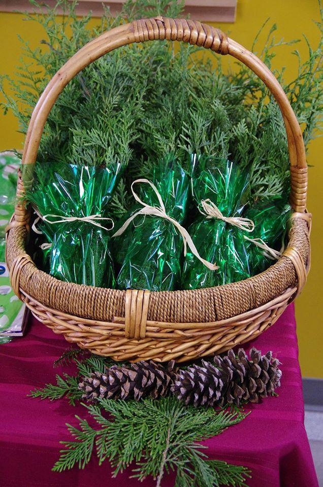 Signing Ceremony - Basket of cedar